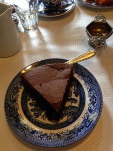 Le gâteau au chocolat noir