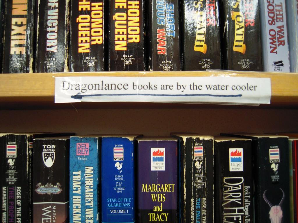 Photo prise dans une autre librairie de Seattle, et qui ne manque jamais de me faire rire