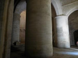 Les piliers intérieurs sont impressionnants