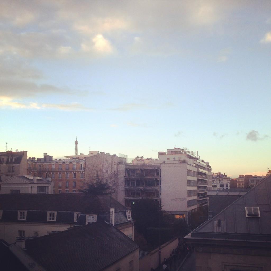 Une compensation : la vue sur la Tour Eiffel (si, si, au loin)